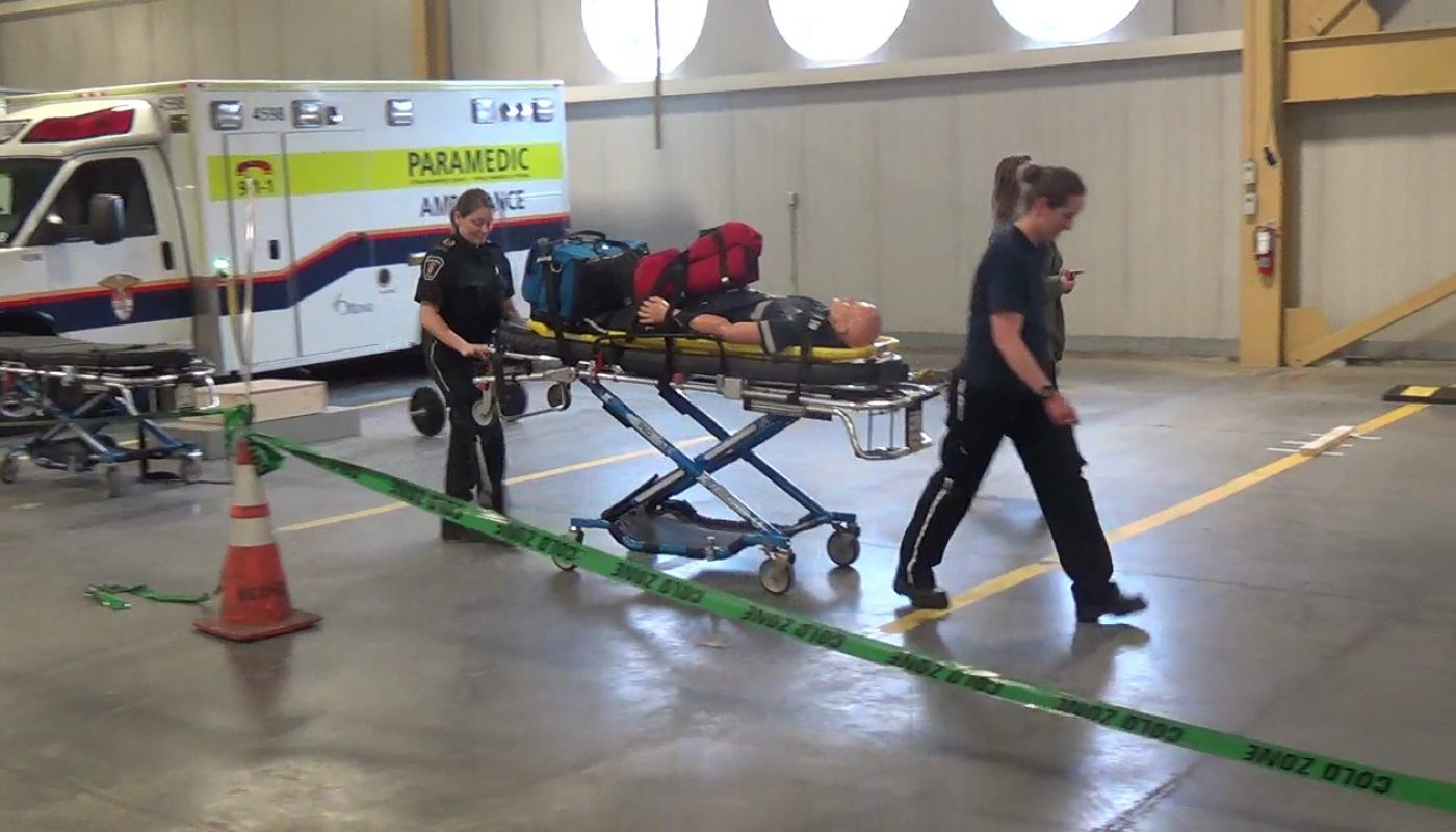 pulling stretcher C3 end 1400x800 - About OPPAT